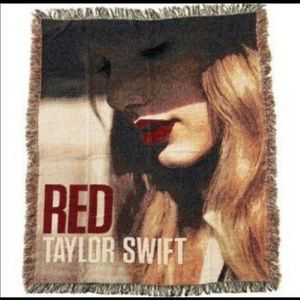 Taylor Swift Red blanket throw